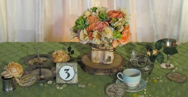 Greenscape-Design-Rustic-Centrepiece-with-Birch-and-Peach-Coral-Lime-and-Champagne-Flowers-640x330-600x309