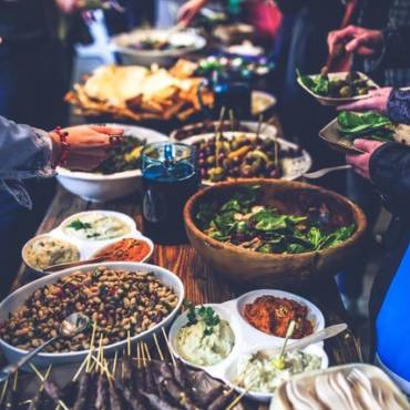 7 QUESTIONS YOU SHOULD ASK ANY EVENT CATERER