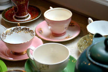 ELEVATE A BRIDAL SHOWER, BIRTHDAY PARTY AND MORE WITH A TEA PARTY THEME!